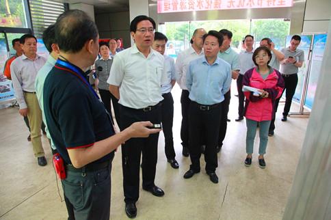 黄钦市长调研太湖治理及河长制工作